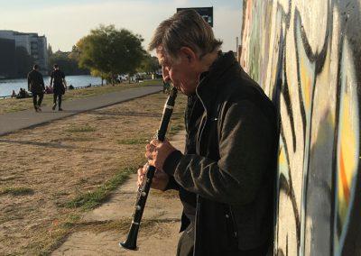 brueder-kuehn-zwei-musiker-spielen-sich-frei-2-unerhoert-musikfilmfestival-2019